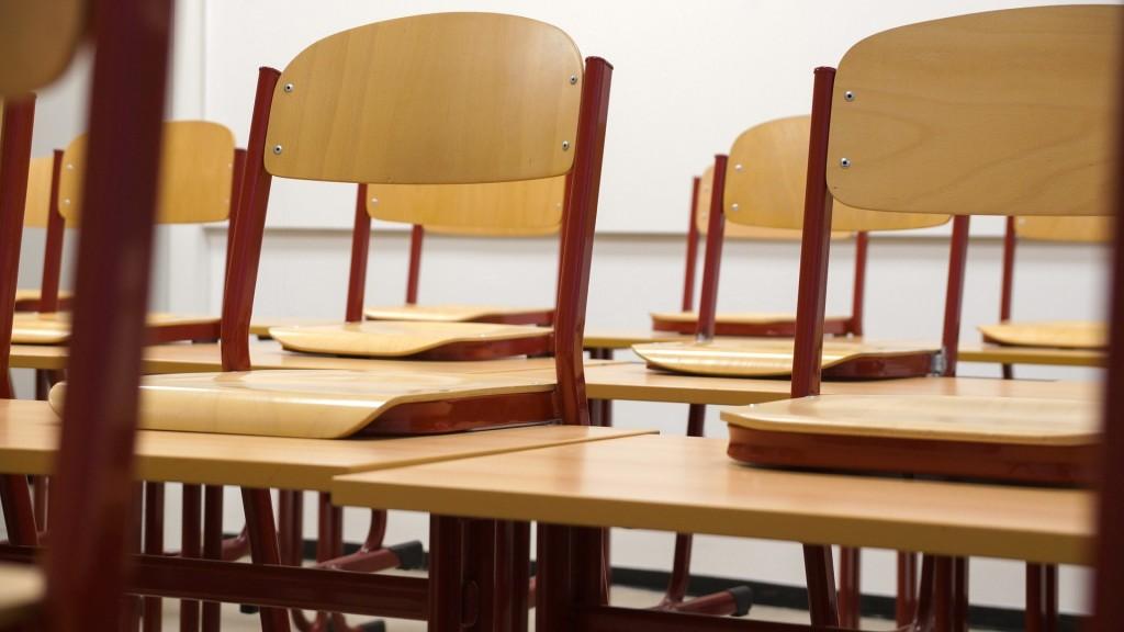 sillas, aula